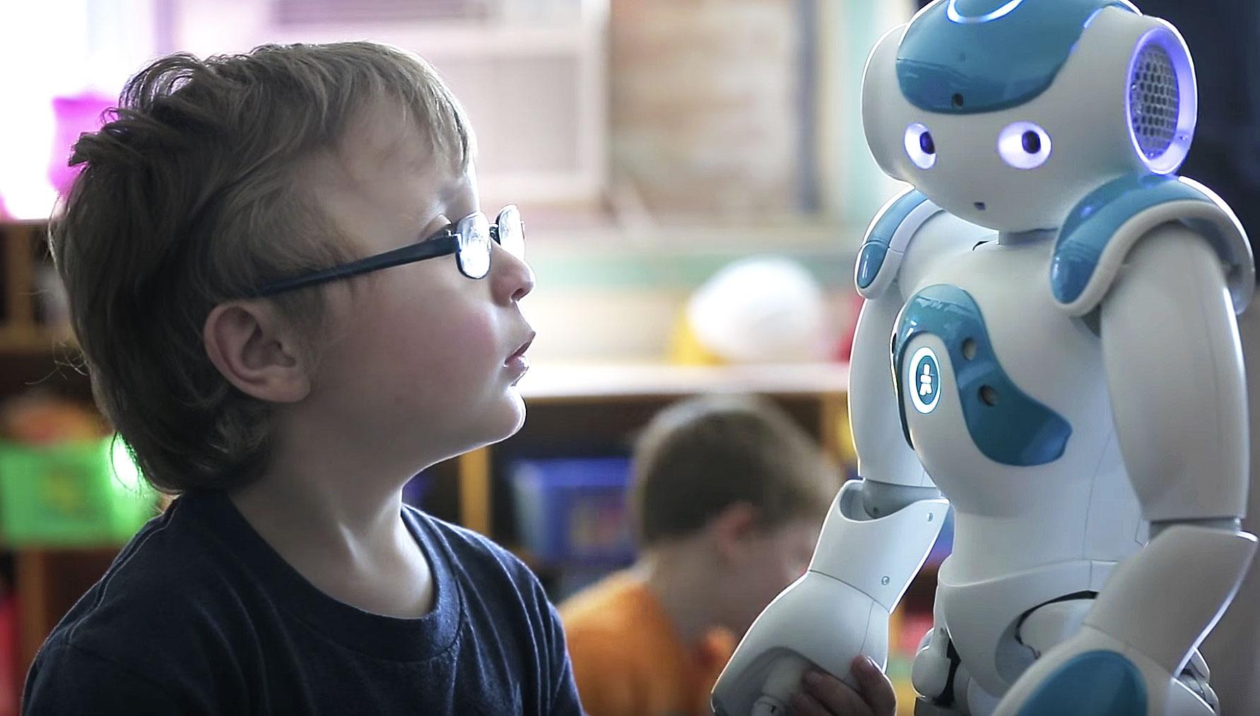 なぜ、ヒューマノイドロボットが自閉症療育で利用されるのか?